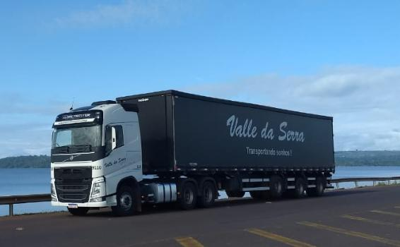 Caminhão no Porto